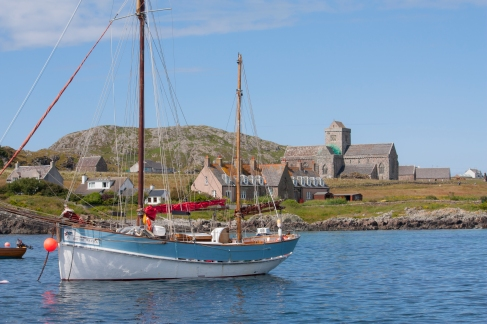 View of the Isle of Iona, with the Iona Abbey in the background. (Source - Robert Brown)